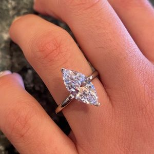 2.5ct Marquise cut 14K White Gold Engagement Ring